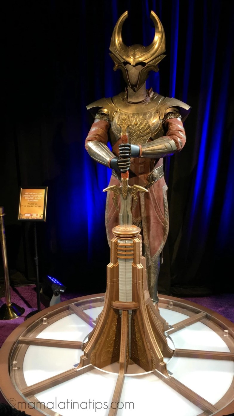 Avengers: Infinity War Wold Premiere - Heimdall's Observatory Diase & sword