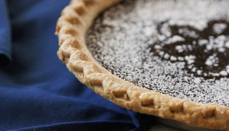Mexican Chocolate Pie with Cinnamon Drizzle