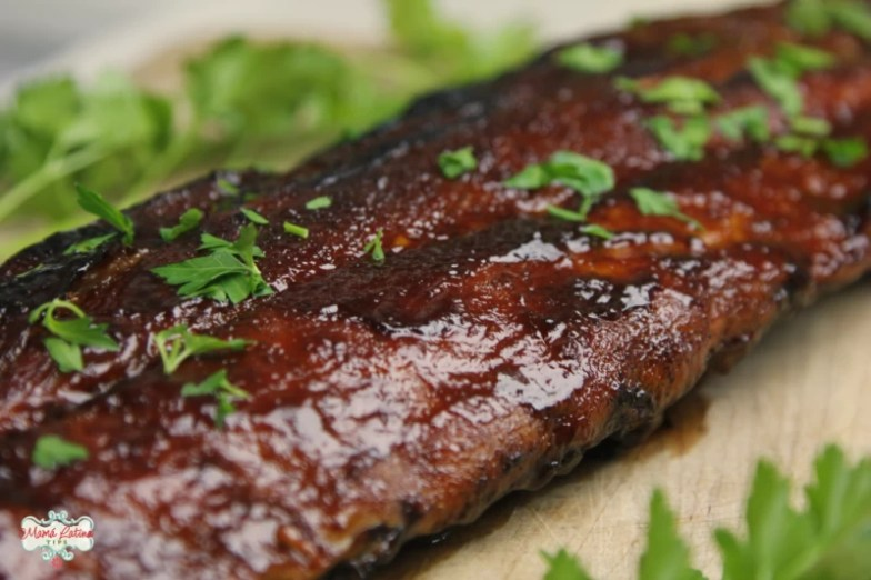 pork ribs with guajillo sauce and parsely