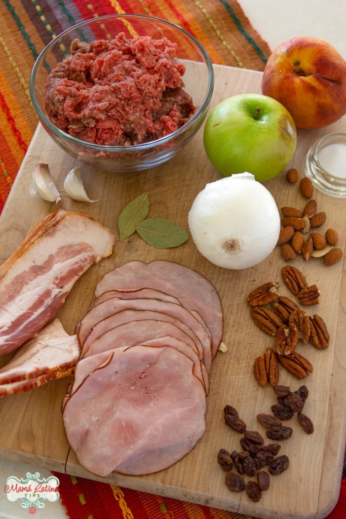 ground meat, apple, peach, ham, onion and nuts