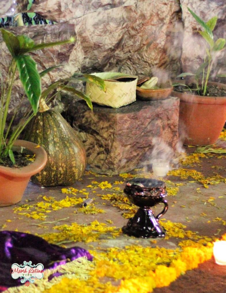 copal en altar de muertos