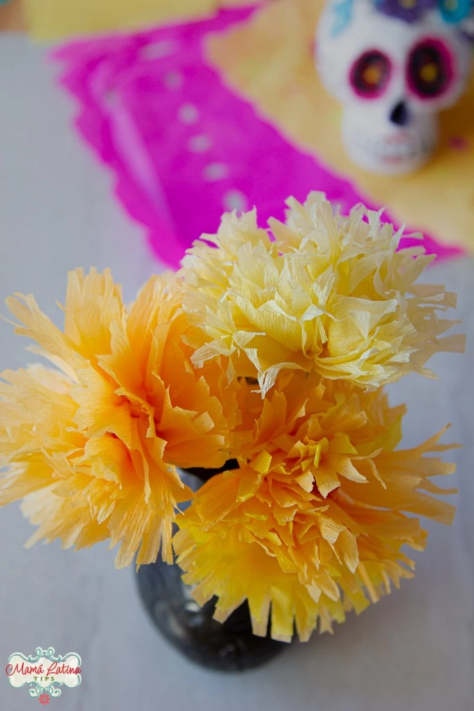 flores de cempazúchitl de papel