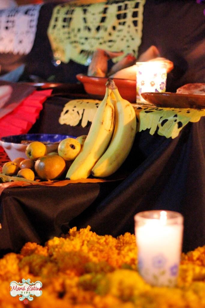 Fruta en altar de muertos