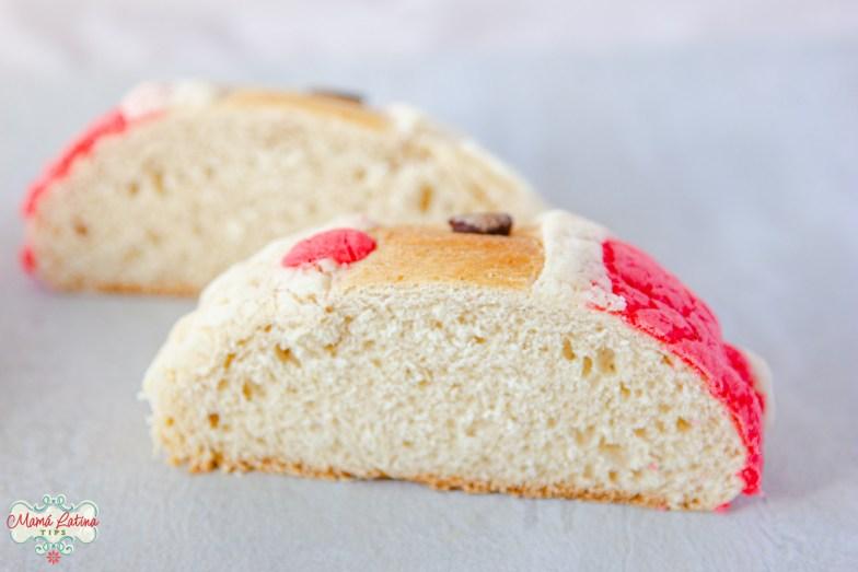 El interior de una concha de pan dulce