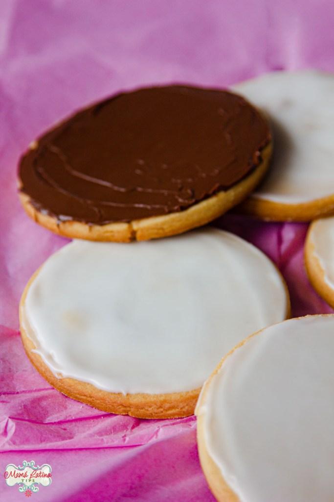 chocolate and glazed espejos pan dulce