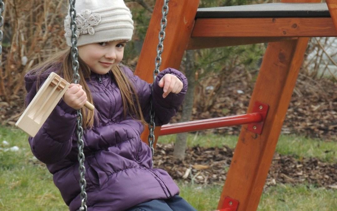 Top 5 buitenspeeltuigen voor een kidsproof tuin