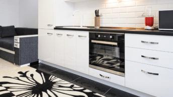 Ben jij jouw simpele keuken beu en wil je gaan voor een keuken met een luxe uitstraling? In dit artikel lees je 5 tips om een luxe keuken te creëren!