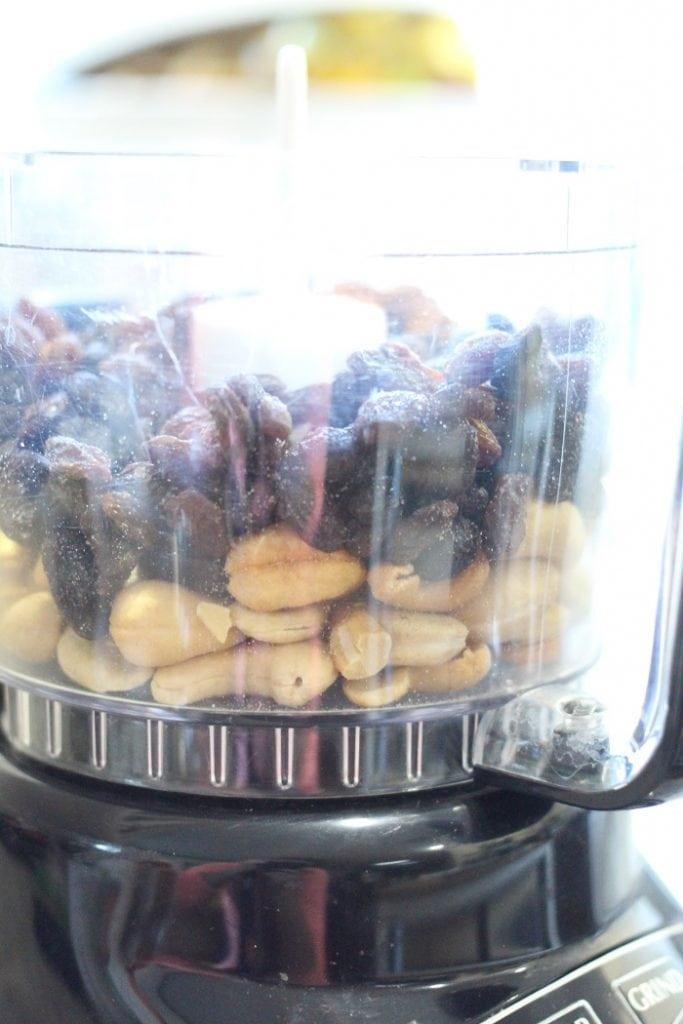 No Bake Cinnamon Raisin Cashew Bites Recipe