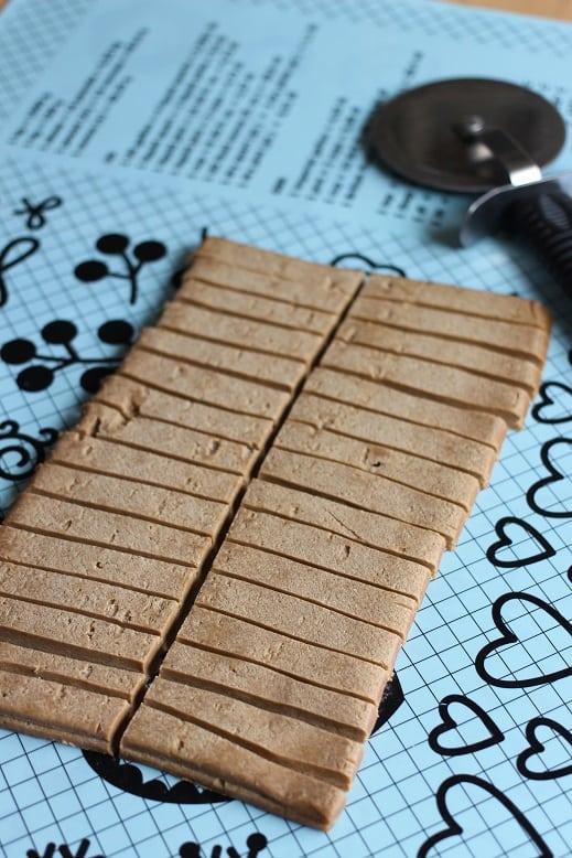 Vanilla Dipped Gingerbread Cookies