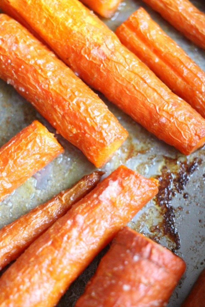 how long to roast carrots at 425