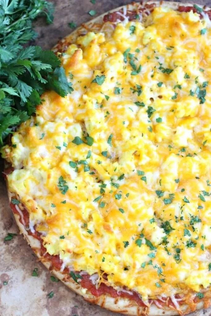 cheesy salsa pizza recipe with cilantro