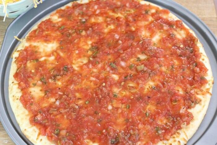 salsa instead of sauce on breakfast juevos rancheros pizza