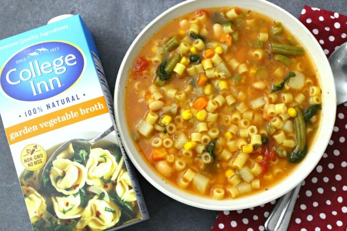 SLOW COOKER MINESTRONE SOUP WITH COLLEGE INN BROTH