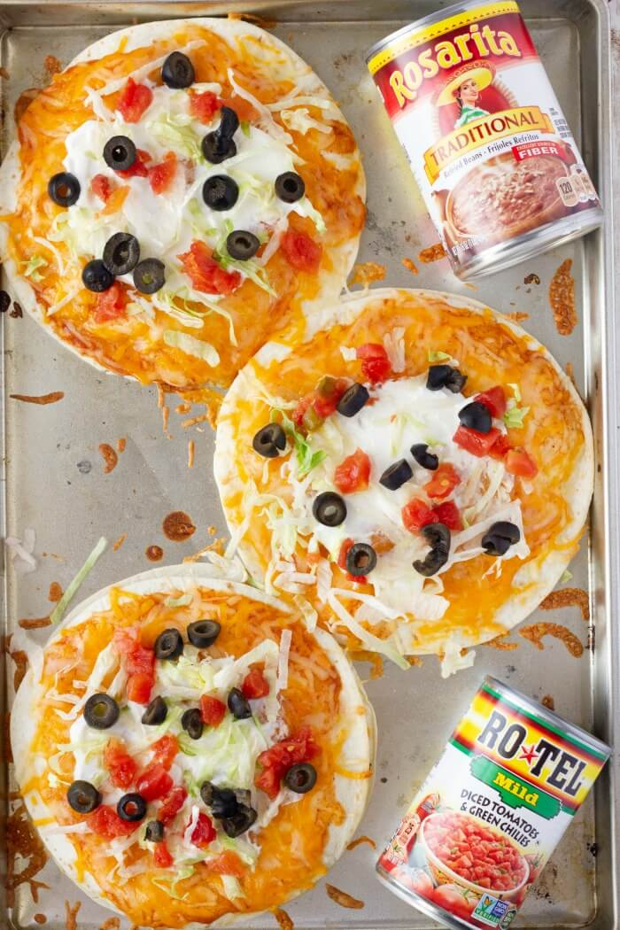 EASY MEXICAN PIZZA WITH ROTEL AND ROSARITA