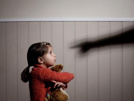 6 (ακόμη) λόγοι να μη χτυπάμε ποτέ τα παιδιά