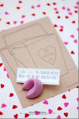 Fortune Cookie Eraser Valentines   @mamamissblog #candyfree #freeprintable #handmadeholiday