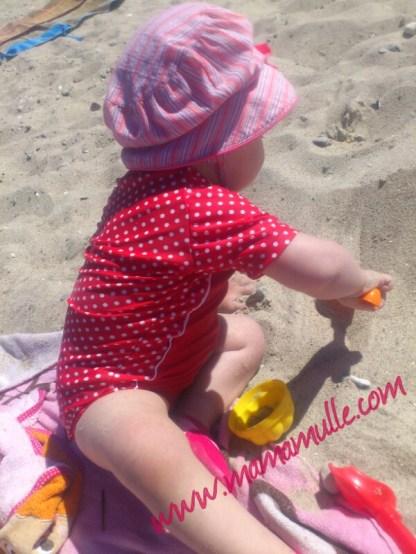 jeden Tag im Sand spielen :)))