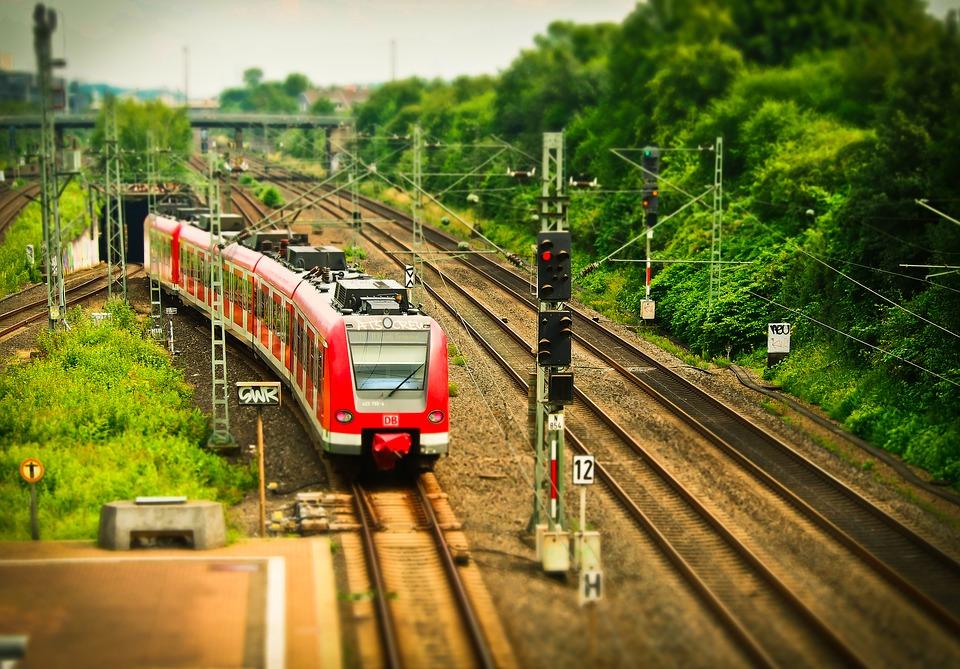 railway-1491716_960_720