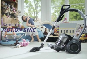 Cute-baby-vs-Motion-Sync-vacuum