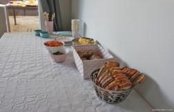 organisation-premier-anniversaire-bebe-gateau-licorne-ballon-lettres-deco-buffet-6