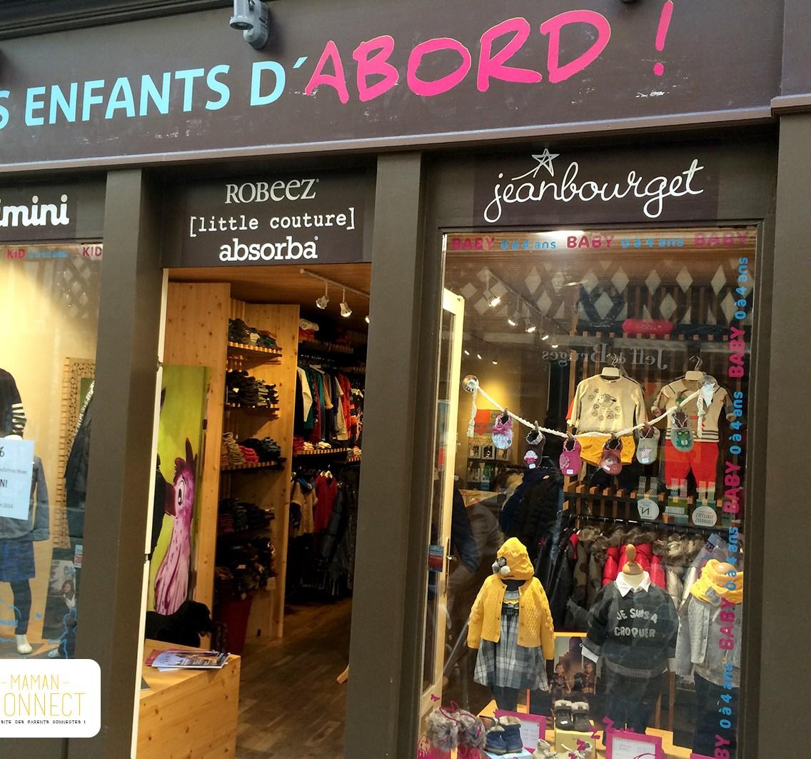 Vitrine Les enfants d'abord ! Prêt à porter enfants boutique Rennes