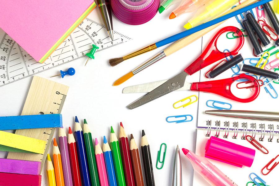 Conseil n°1 : faire le vide dans les fournitures scolaires