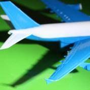 Voyager avec bébé : ces choses à savoir absolument sur les vols «long – courrier» (attention, billet qui pique!)