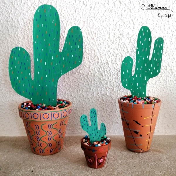 Activité créative enfants - Créer des cactus avec du carton emballage dans des pots décorés et colorés - récup' perles et peinture - recyclage surcyclage - Amérique du sud - Mexique - graphisme - activités autour du monde - Arts visuels Découverte d'un pays - Espace et géographie - bricolage - arts visuels Cycle 1 ou 2 - Eté - mslf