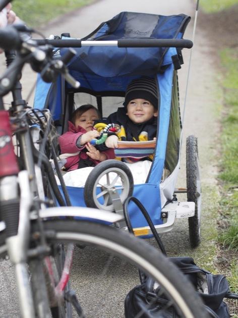 Balade vélo en famille au Bois de Boulogne