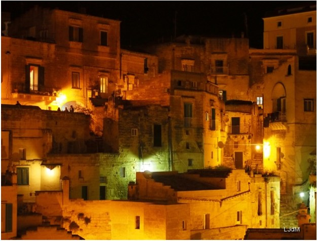 Matera_by_night