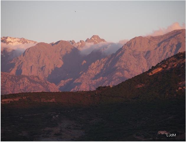 coucher_soleil_montagne