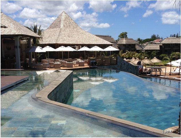 trois_piscine