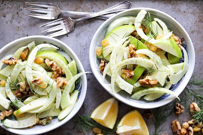 Ωμό φινόκιο σε σαλάτα