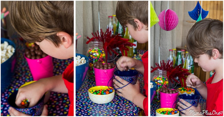 Family movie nights are a great way to bring the whole family together, but you can make them way more fun than just popping in a DVD, without a ton of extra money or time spent on your movie night. This is how we make family movie night AWESOME! (Our favorite tip? Letting everyone pick their own personal snack mix before the movie starts!) Plus, we share how YOU can get a free VUDU credit every month with your Walmart Family Mobile account. #YourTaxCash [ad]