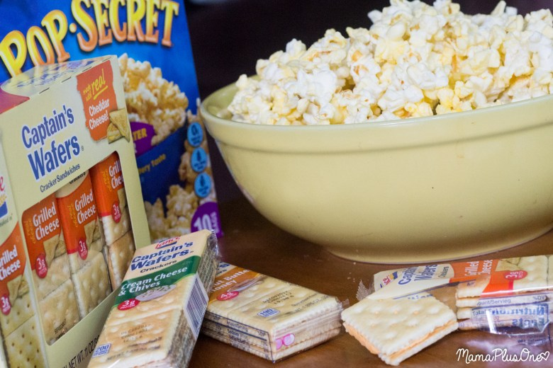 The school year can be a super trying time, between homework, extracurricular activities, sports, and more. That doesn't mean you have to compromise family time, though! Here are my tips for squeezing the most out of family movie nights during the busy school season with @popsecret @lancesnacks and @walmart. #Pop4Captain #Pmedia #ad