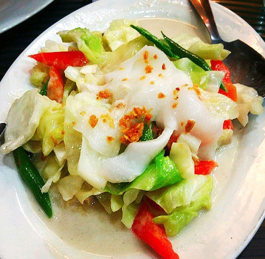 Chop Suey Binakol