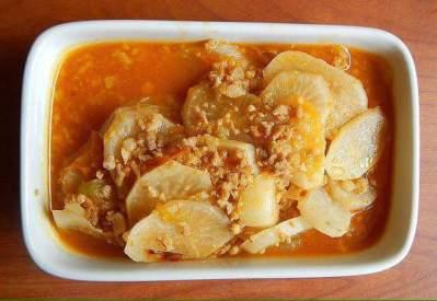 Ginisang Labanos (Sauteed Radish with Ground Beef)