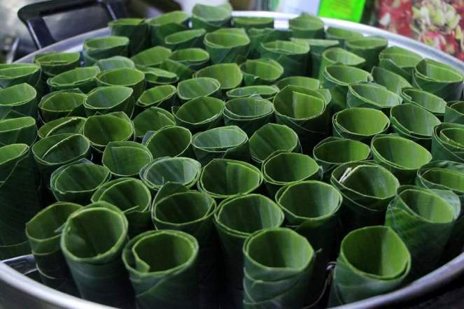 Sayongsong Banana Leaves Cones