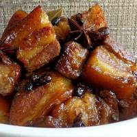 HUMBA (BRAISED PORK BELLY W/ SUGAR)