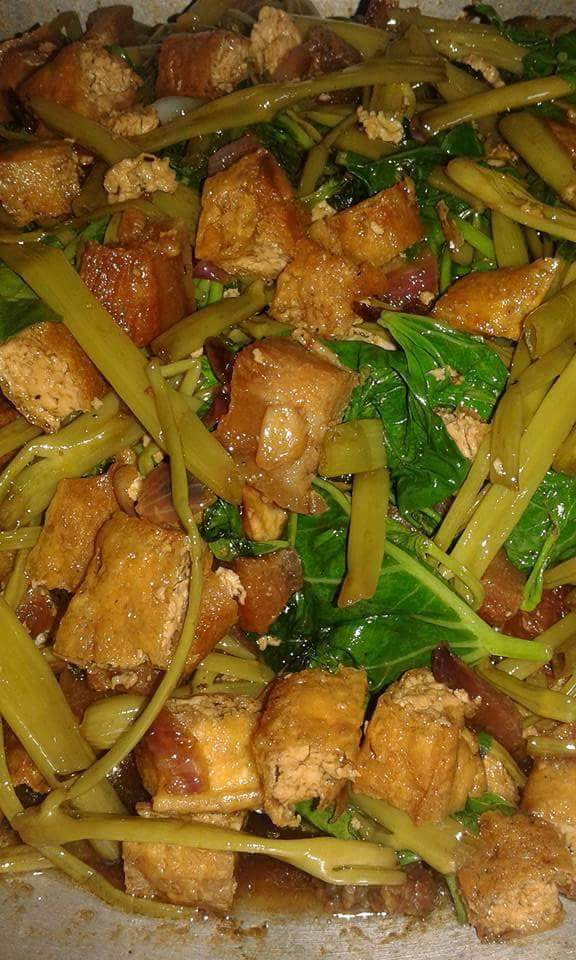 Kangkong with Tofu, What to make for dinner, dinner recipes, lunch recipes, best ideas for dinner, 30 minutes recipes, fast dinner recipes, quick dinner recipes, easy recipe ideas, what to make for dinner, what to cook for dinner tonight easy, what should I have for dinner tonight generator, best dinner recipes of all time, family dinner recipes, Traditional Filipino Food, Sweets, Filipino Recipes, Filipino Food, Pinoy Recipes, Pinoy Desserts, Pinas Cuisine, Filipino Recipe, Filipino Dishes, Homemade Filipino Recipe, Filipino Favorite Holiday Recipes, Filipino Foods, Filipino Desserts, pinoy style, filipino style, recipe,