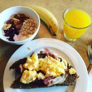sunday-morning-breakfast