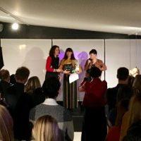 Mom Blogger Award