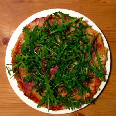Ruck-Zuck-Pizza mit Rucola und Prosciutto