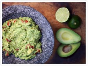 Guacamole: receta del libro Muy Bueno Cookbook ¡un manjar!