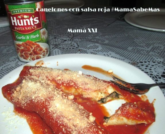 Canelones con salsa roja