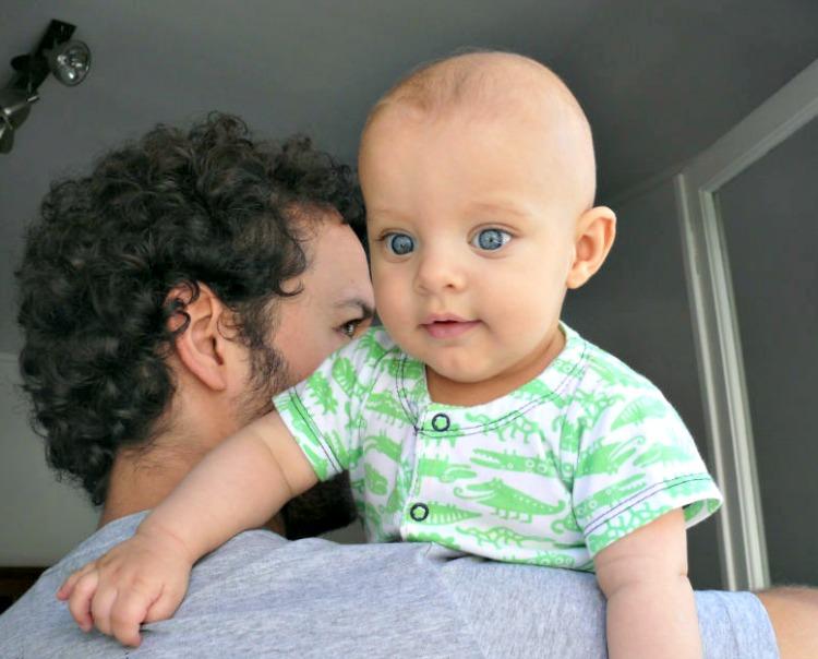 bebé, crecimiento hijos, desarrollo, crianza, padre, paternidad