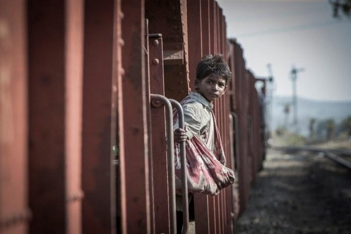nicole kidman, india, adopcion, niños sin hogar