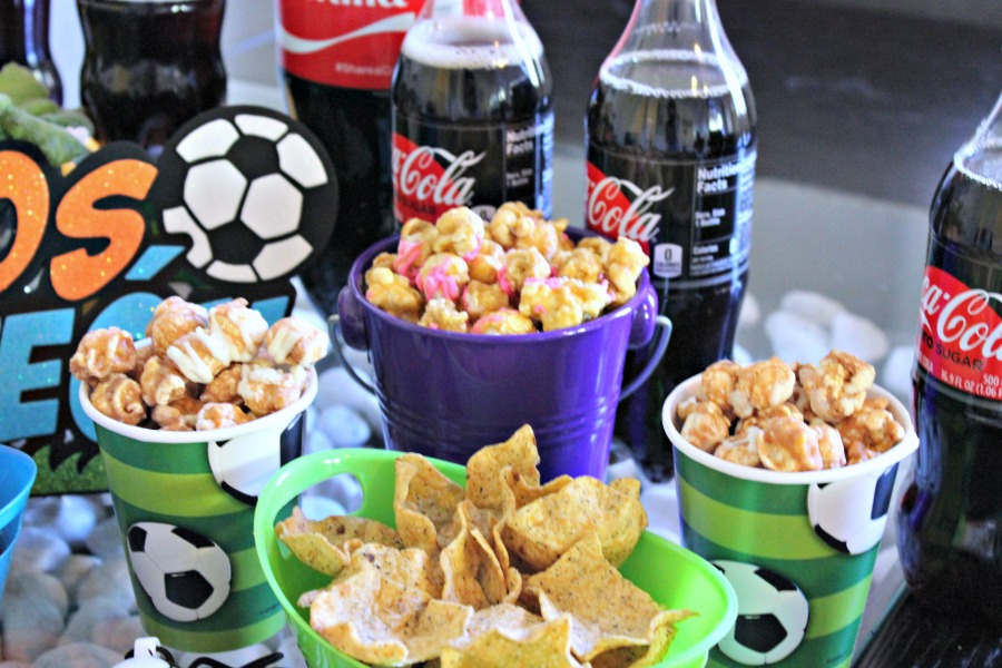 futbol, tapas, coca cola