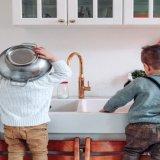 幼稚園・保育園での調理実習におすすめ!子ども用エプロン、三角巾の選び方