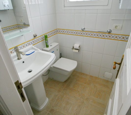 bathroom0